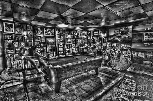 Dan Friend - Women in bar playing pool