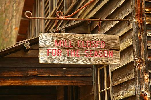 Adam Jewell - Wooden Sign - Closed For The Season