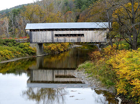 Worrall covered bridge by Jim  Wallace