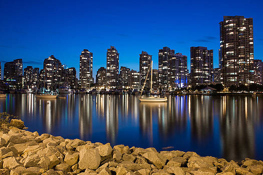 Yaletown on the rocks by Mirco Millaire