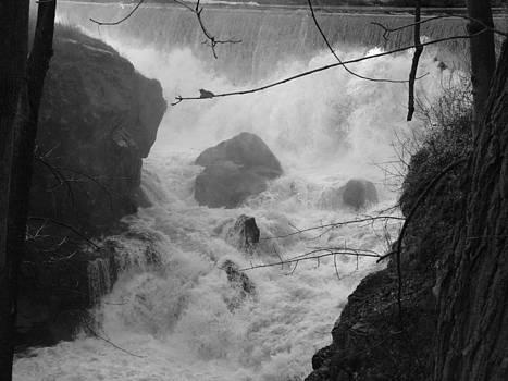 Yantic Falls by Geoffrey McLean