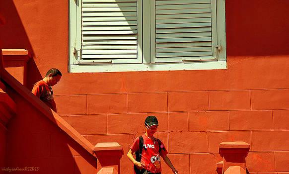 Yellow Orange by Enrique Rueda