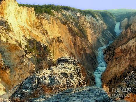 Yellowstone Falls by Bob McGill