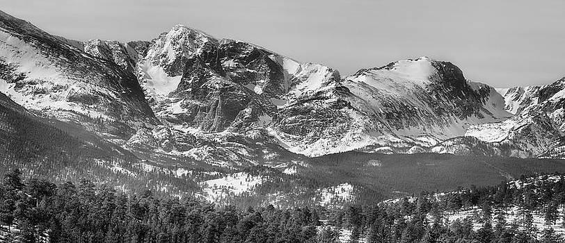 James BO  Insogna - Ypsilon Mountain and Fairchild Mountain Panorama RMNP BW