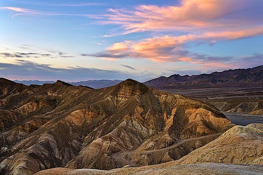 Zabriskie Point Sunset by Tomasz Dziubinski