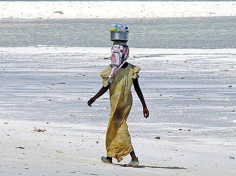 Zanzibar woman 22 by Giorgio Darrigo