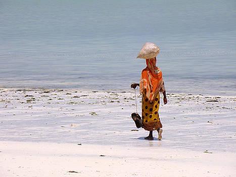 Zanzibar woman 30 by Giorgio Darrigo