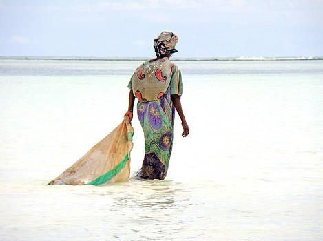 Zanzibar women 03 by Giorgio Darrigo