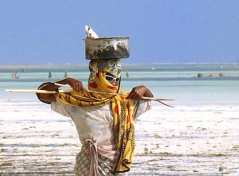 Zanzibar women by Giorgio Darrigo