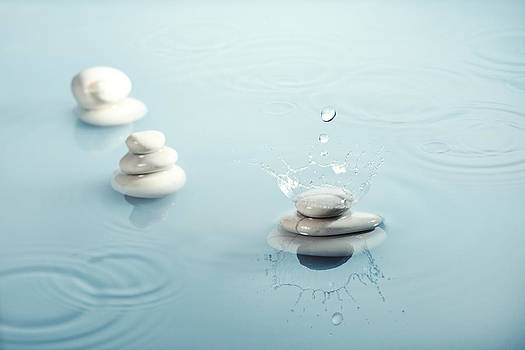 Zen Rain Nr. 2 by Floriana Barbu