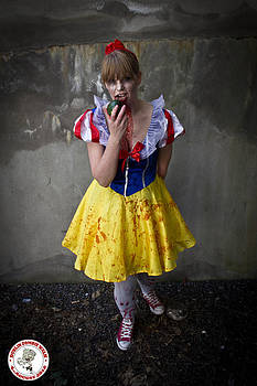 Zombie Snow White Dublin by David Doyle