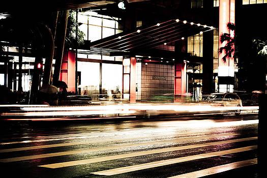 Zoom Zoom Taipei by Calvin Hanson