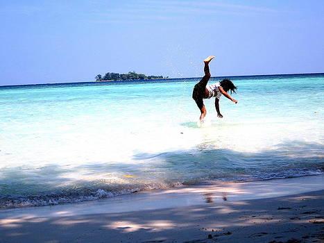 Gai Sin Liem -  Kick in the water