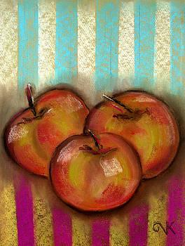 3 Apples by Valentina Kross