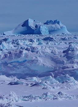 Antarctic Landscape by David Barringhaus