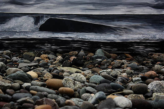 B and W Wave by Riley Howlett
