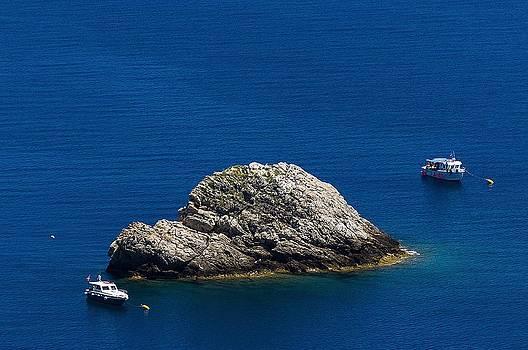 Enrico Pelos - ELBA ISLAND - One island two boats - ph Enrico Pelos