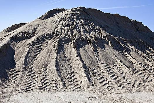 Gravel And Grit by Paul Edmondson