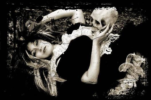 Her Hamlet 2 by Nyla Alisia