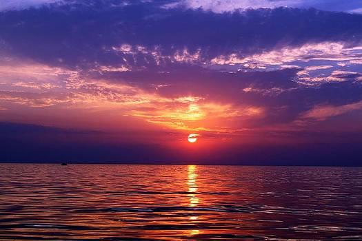 Lake Michigan Sunset by Victoria  Johns