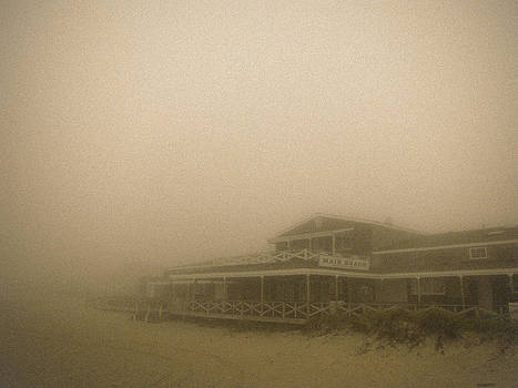 Main Beach by Tony Lattari