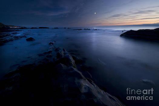 Angel  Tarantella - Moon landscape