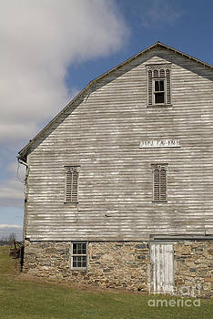 Pennsylvania Barn by David Ricketts