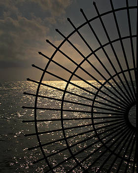 Sea side by Jason Turuc