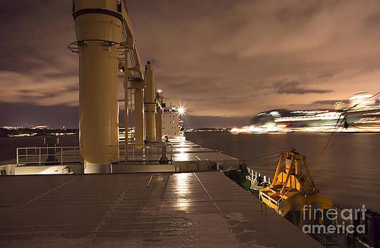 Ship by Lukasz Zakrzewski