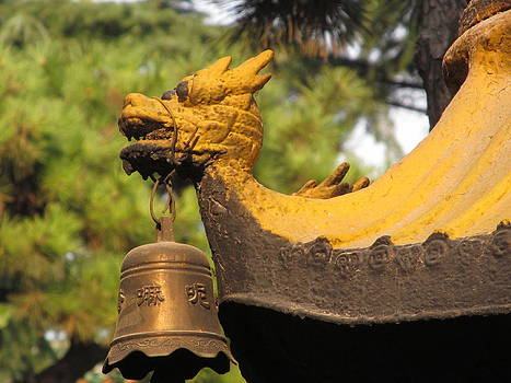 Alfred Ng - Temple bell