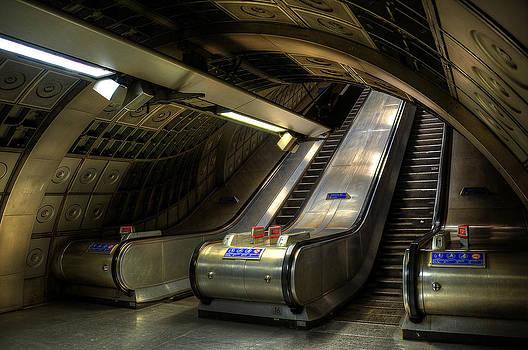 Svetlana Sewell - Underground 03