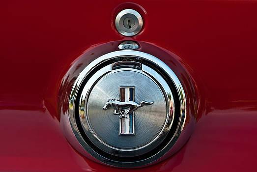 onyonet  photo studios - 1969 Ford Mustang Mach I Gas Cap