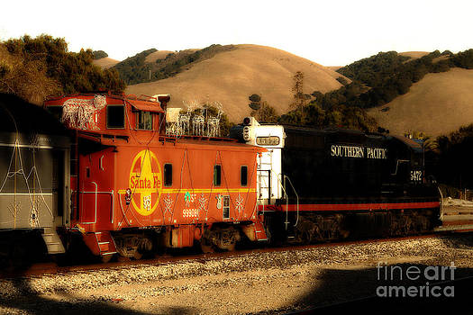 Wingsdomain Art and Photography - Historic Niles Trains in California . Old Southern Pacific Locomotive and Sante Fe Caboose . 7D10843