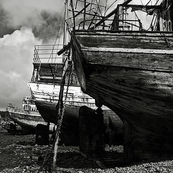 RicardMN Photography - Old abandoned ships