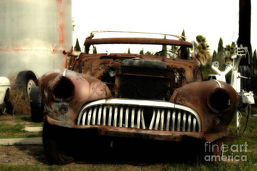 Wingsdomain Art and Photography - Rusty Old American Car . 7D10343
