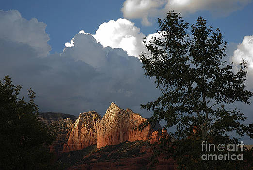 Sedona cliff by Jim Wright