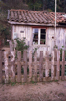 A Humble Chilean Country Home by Thomas D McManus