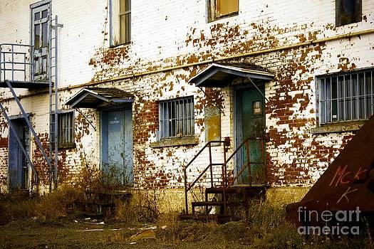 Sophie Vigneault - Abandoned Building