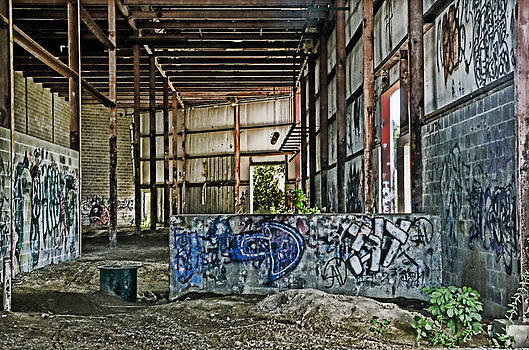Abandoned dreams by Cheryl Cencich
