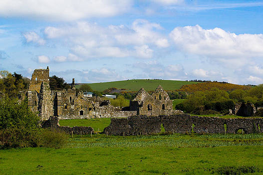 Abbey Ruins 2 by Kelly Turnage