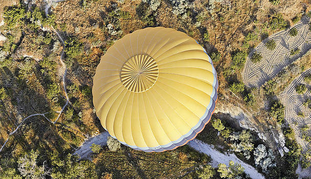 Kantilal Patel - Aerial of a hot air balloon