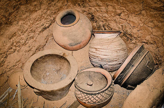 African Pots by Swift Family