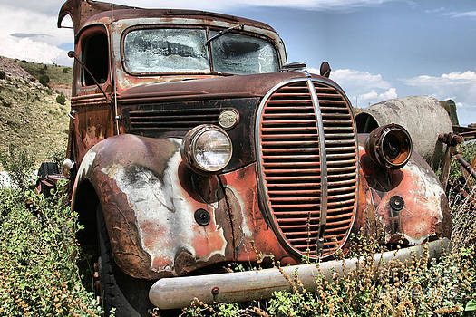 Aged Truck by Donald Tusa