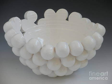 Aggregation Vessel by Katherine Dube
