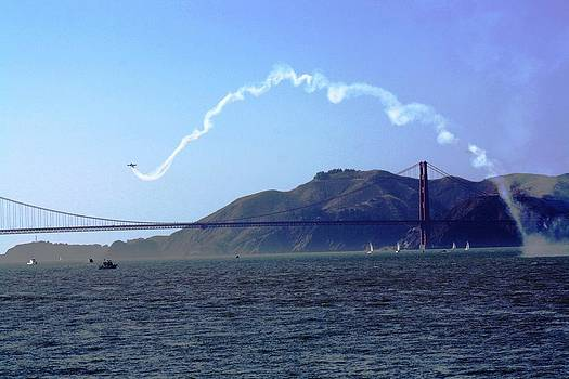 Air Show in San Francisco   by Victoria  Johns