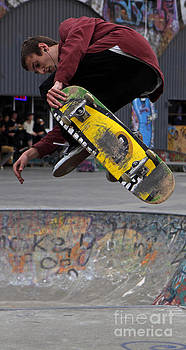 Airbourne Skateboarder by Urban Shooters