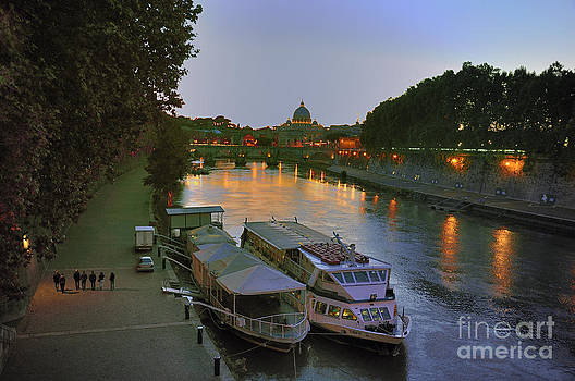Along the Tiber by Ed Rooney