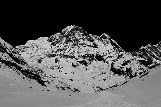 Annapurna South by Matthias Siewert