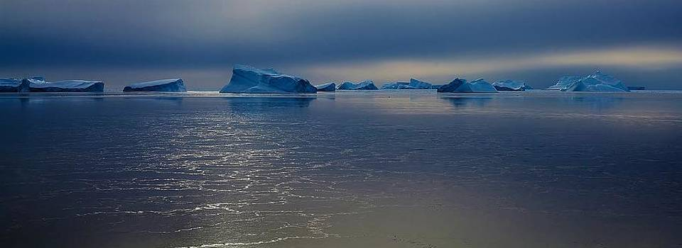 Antarctic Landscape 118 by David Barringhaus