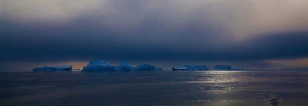 Antarctic Landscape 120 by David Barringhaus